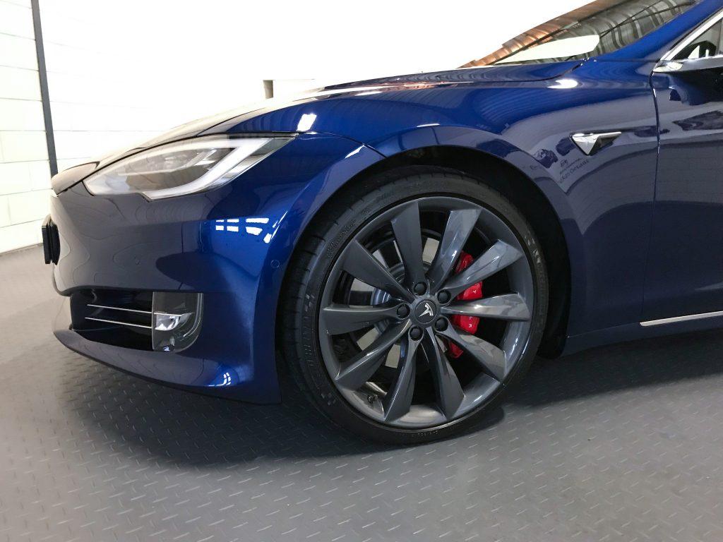 Tesla Detailing